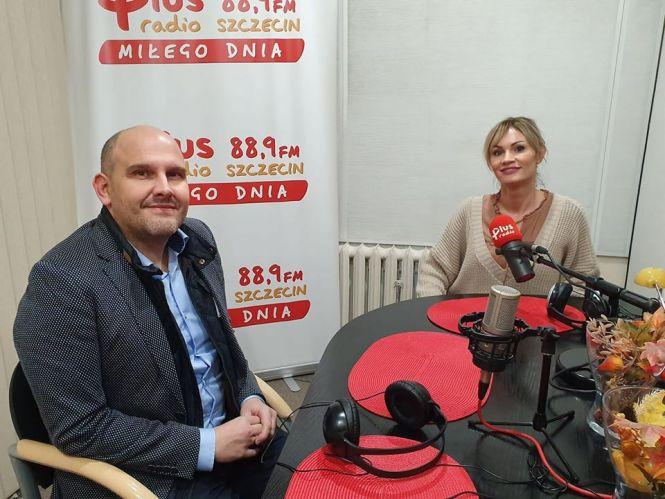 Magdalena Ławicka Klaster ICT Pomorza Zachodniego) i Robert Michalski prezes Zachodniopomorskiej Agencji Rozwoju Regionalnego