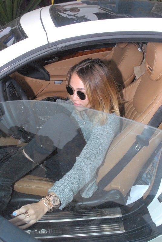 Miley Cyrus Wychodzi Z Si  Owni  Tym Razem Zakry  A Ty  Ek    Du  O